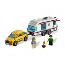 4435 - Car and Caravan